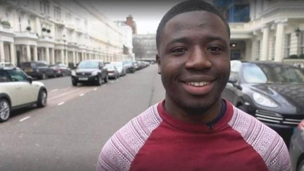 Reggie Nelson, morador de um bairro de classe operária em Londres (Foto: Cebo Luthuli/BBC)