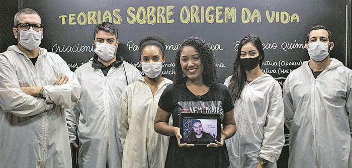 Equipe que grava as aulas on-line do Canal Futura (Foto: Divulgação)
