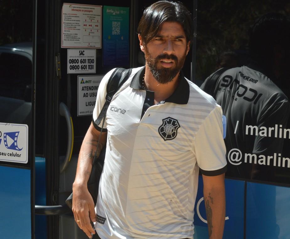 Após eliminação, Loco Abreu detona o futebol capixaba: