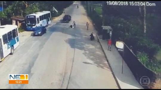 Vídeo de assassinato ajuda polícia a prender milícia suspeita de matar empresário em Aldeia; assista