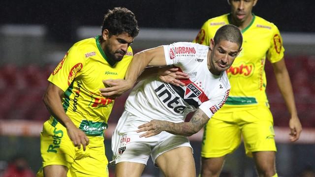 Alexandre Pato teve atuação ruim em São Paulo x Mirassol