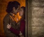 Romulo Estrela e Marina Ruy Barbosa em cena de 'Deus salve o rei' | Reprodução