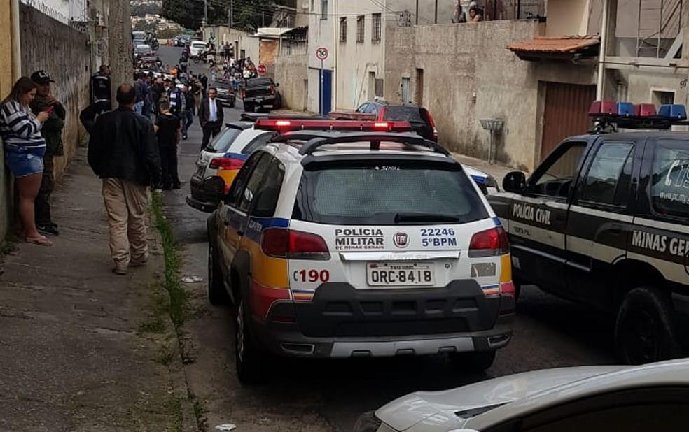 Assassinato dentro de caminhonete no bairro Vista Alegre — Foto: Redes Sociais