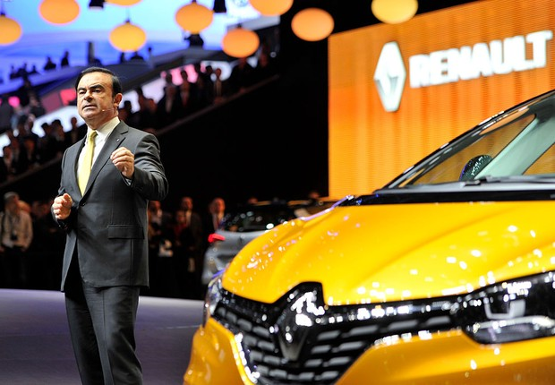 GENEVA, SWITZERLAND - MARCH 01: Renault CEO Carlos Ghosn speaks during the Renault press conference as part of the Geneva Motor Show 2016 on March 1, 2016 in Geneva, Switzerland.  (Foto: Harold Cunningham/Getty Images)
