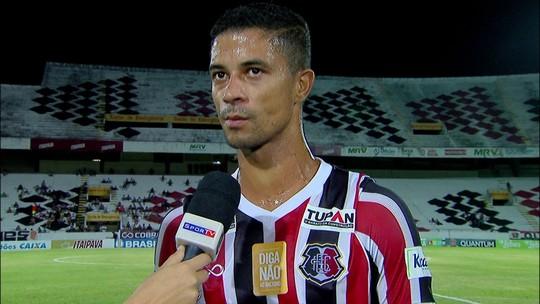 """Ricardo Bueno detona diretoria do Santa Cruz: """"Estamos aqui pelo torcedor e instituição"""""""