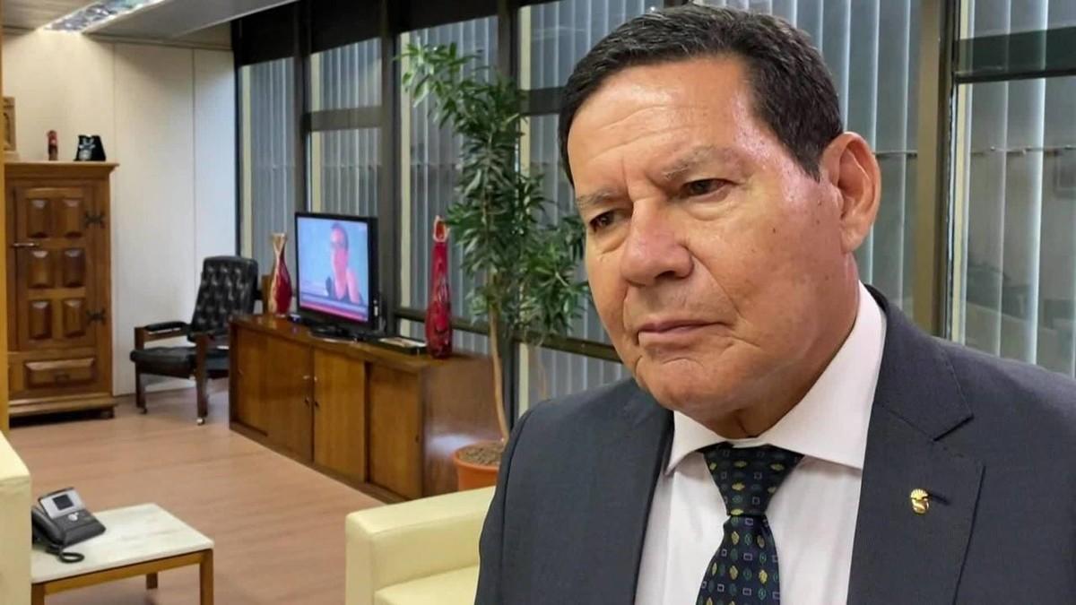 Conselho da Amazônia ajudará investimentos e deve ter ações andando até março, diz Mourão thumbnail