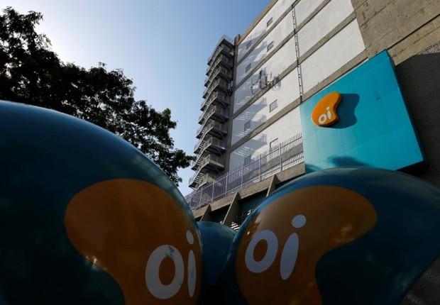 Logo da Oi visto em prédio da companhia no Rio de Janeiro (Foto: Sergio Moraes/Reuters)