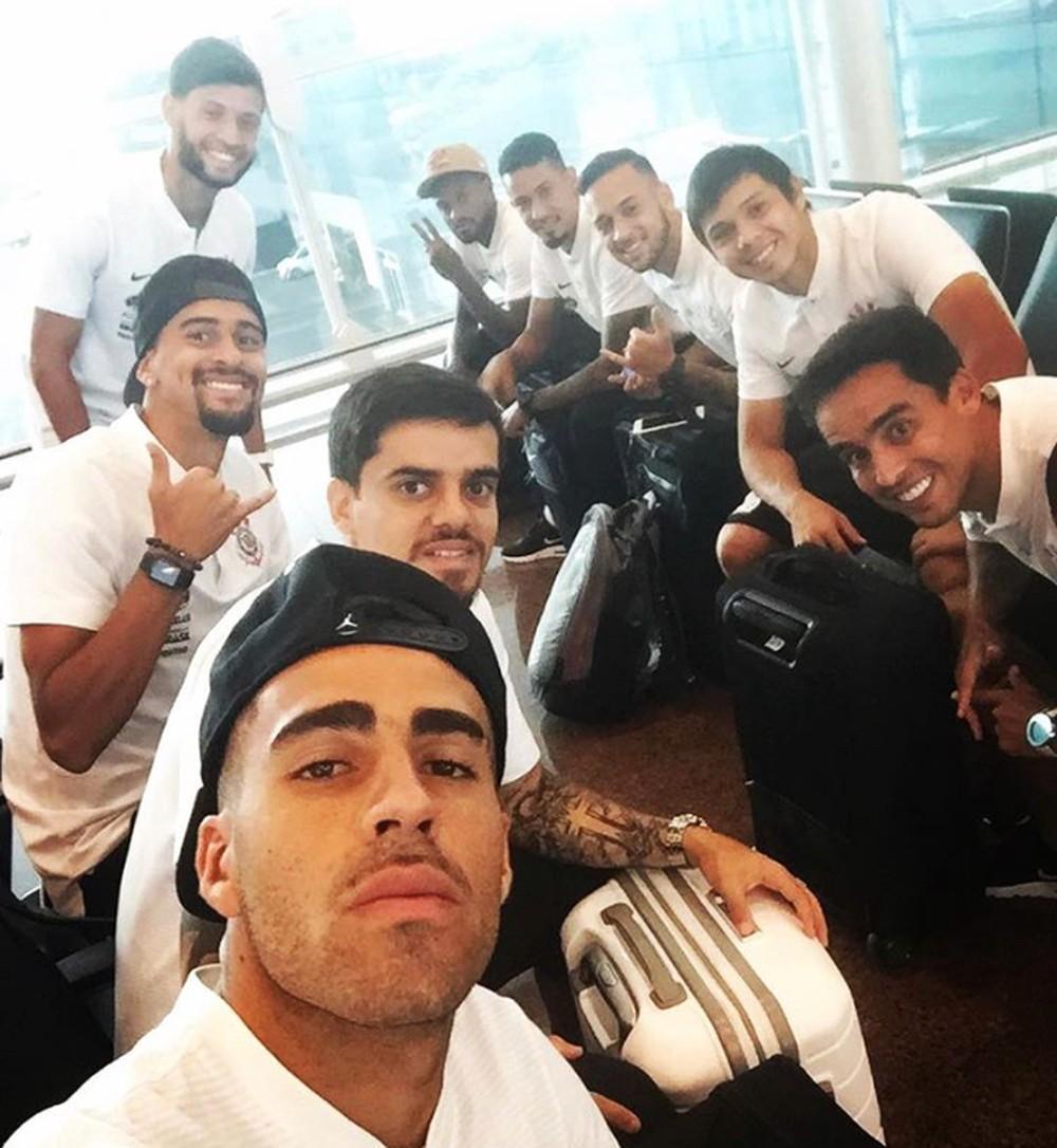Por voo fretado e cozinheiro, Corinthians gasta R$ 1,3 milhão ao viajar para a Venezuela