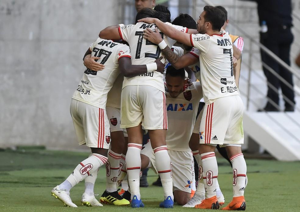 bb52cc9c13 ... Flamengo em alta  Rubro-Negro é o líder do Brasileirão — Foto  André