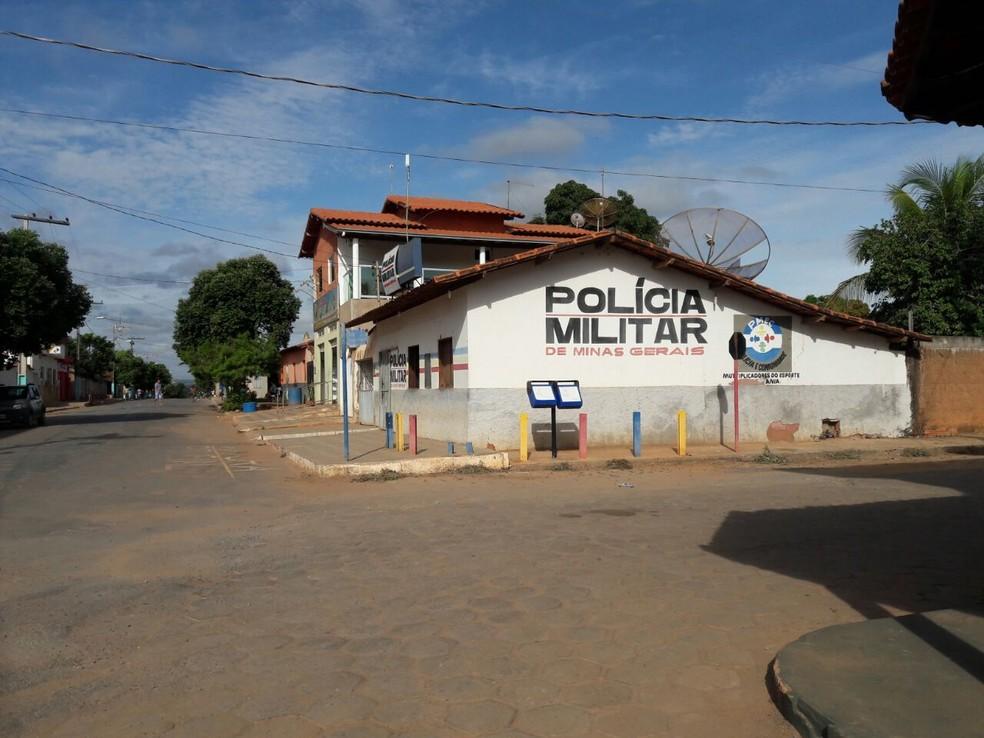 Ele foi detido após procurar o quartel da PM em Glaucilândia (Foto: Polícia Militar/ Divulgação)
