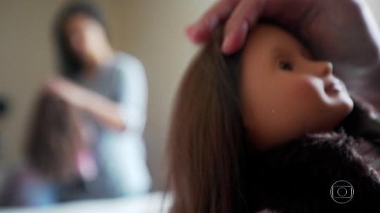 Brasileira separada da filha nos EUA só pode falar com a criança por telefone