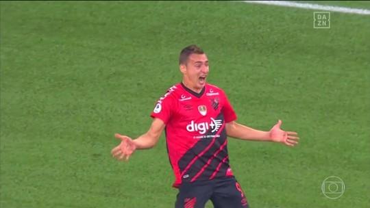 Terror de Boca e River: Marco Ruben confirma fama de carrasco e chega a oito gols no Athletico