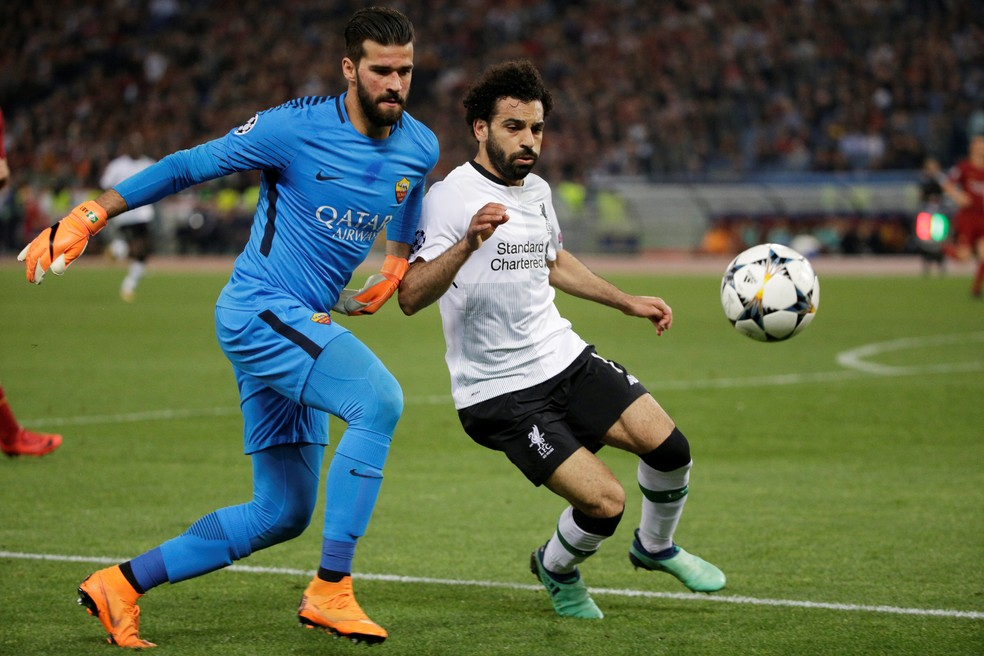 Salah vem desequilibrando na temporada (Foto: Reuters)