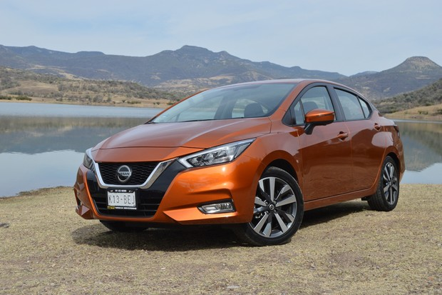 Test: New Nissan Versa evolves in the visual, but is owed in the engine