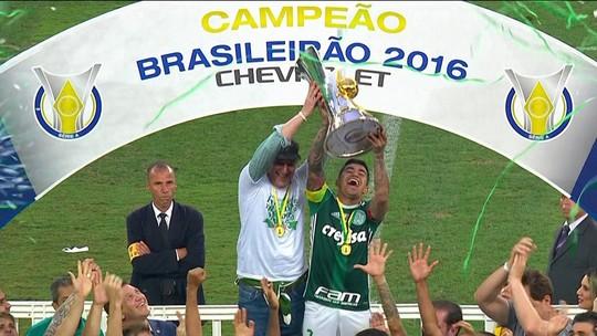 Rodrigo Capelo fala sobre a briga judicial entre Palmeiras e WTorre