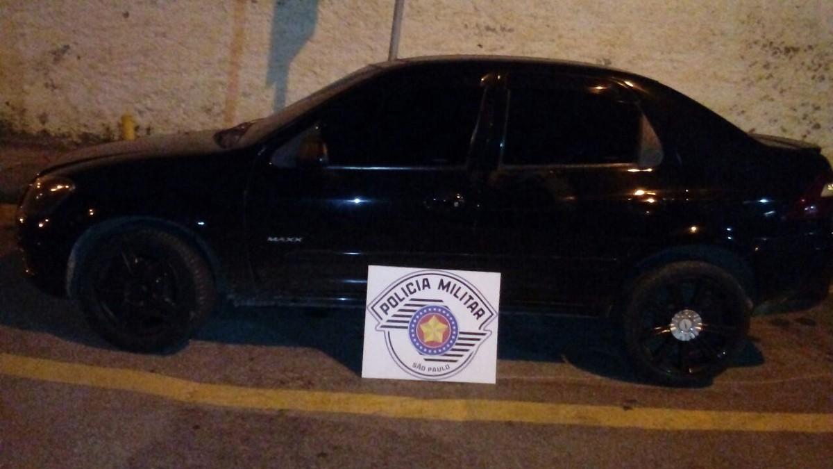 Motorista de Uber é feito refém durante assalto em Ferraz de Vasconcelos