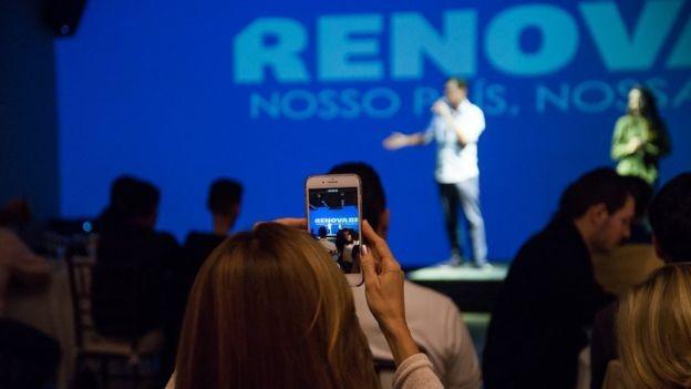 Curso envolveu aulas presenciais e exercícios à distância (Foto: Divulgação/RenovaBR)