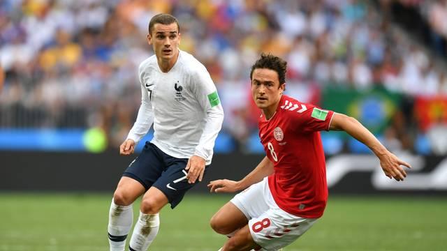 Antoine Griezmann, da França, e Thomas Delaney, da França
