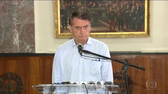 Bolsonaro diz que Brasil não tem provas de competência de médicos cubanos