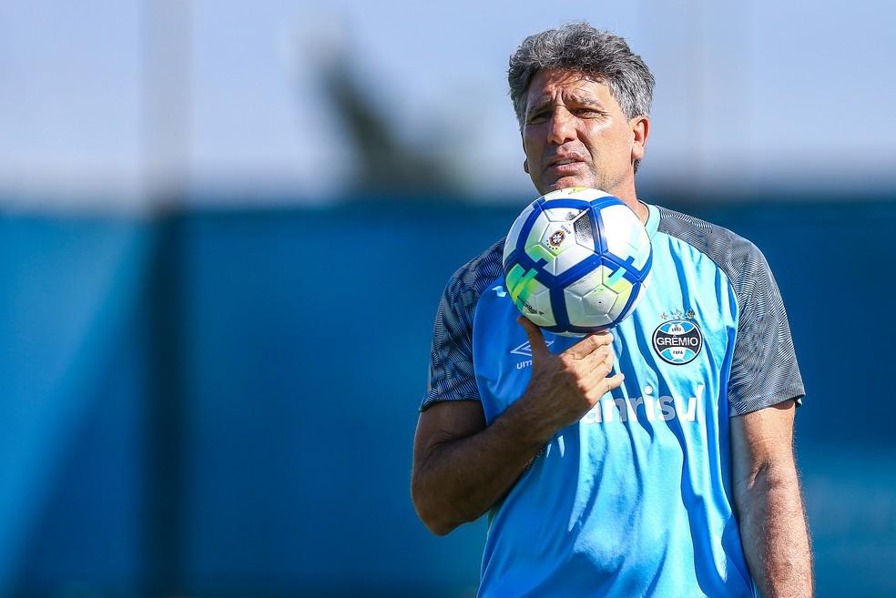 Renato decidiu permanecer no Grêmio — Foto: Lucas Uebel / Grêmio, DVG