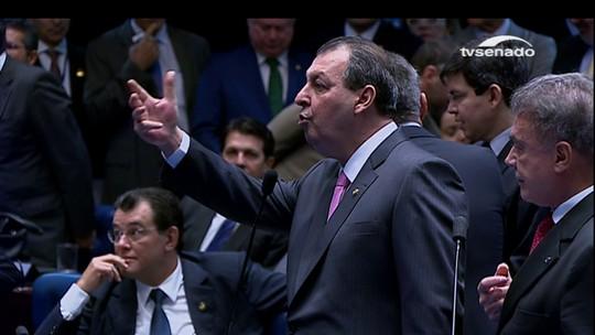 Senador Omar Aziz diz que é extremo tirar um cidadão do convívio no trabalho