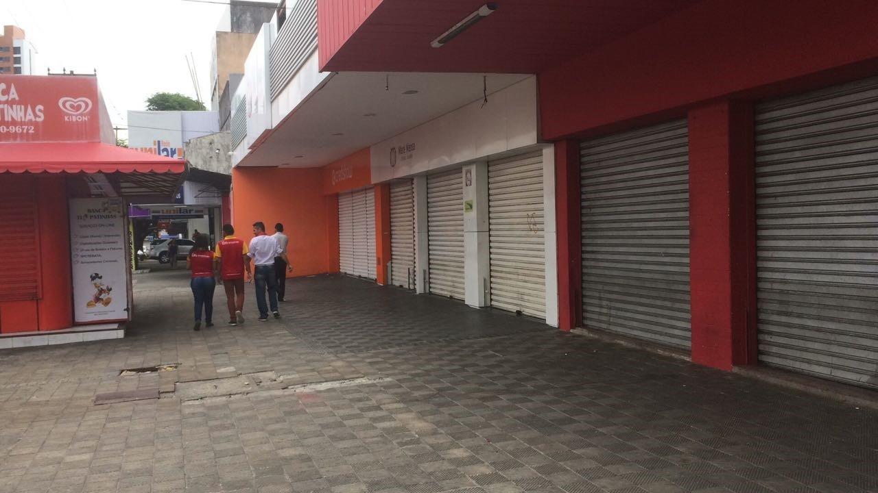 Bancos e comércio de rua fecham na Sexta da Paixão em Natal; shoppings têm horário diferenciado