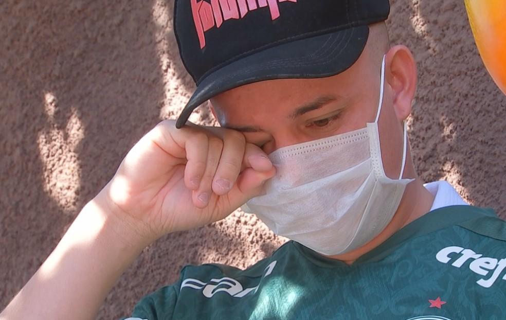 Diego se emocionou com a mensagem de Willian Bigode em Macatuba — Foto: Marco Previdello/TV TEM