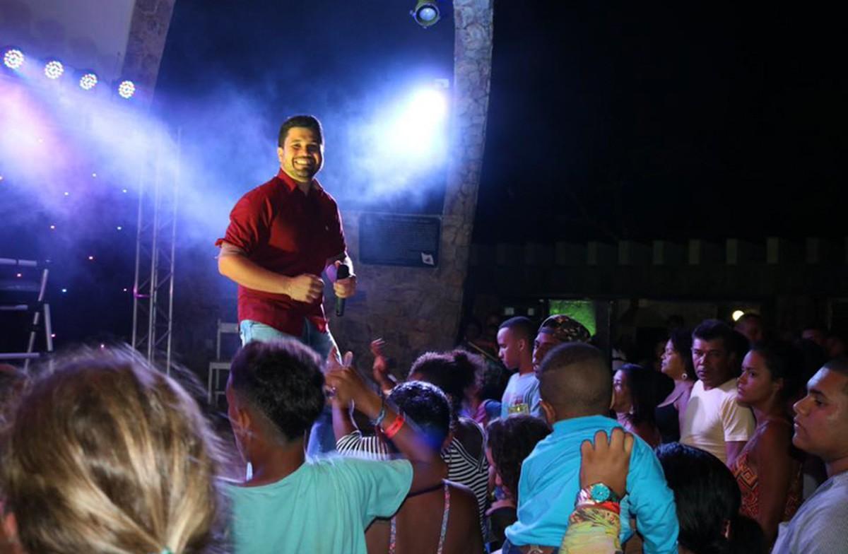 Praias do Norte Fluminense terão shows gratuitos até domingo