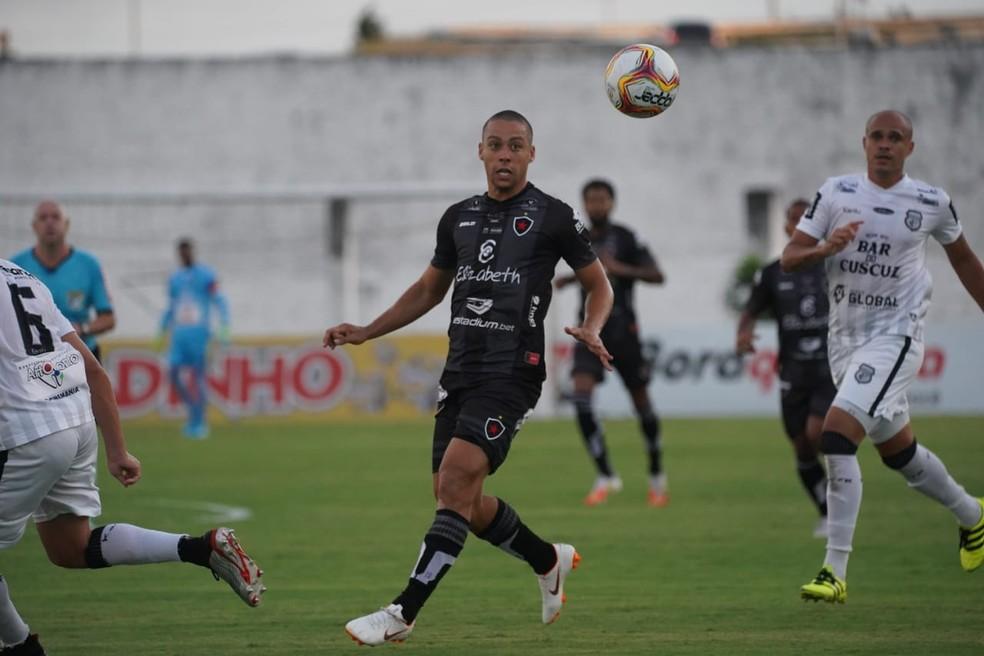 Botafogo-PB e Treze vão voltar a se encontrar depois do decisivo encontro entre os times pela Série C do Brasileiro — Foto: Paulo Cavalcanti / Botafogo-PB
