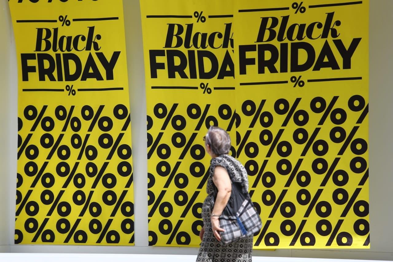 Black Friday 2018: pesquisa mostra que 18% dos produtos subiram de preço antes da data