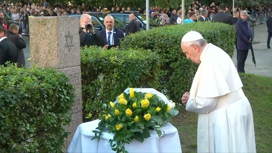 Papa Francisco faz alerta contra o antissemitismo em visita a Lituânia