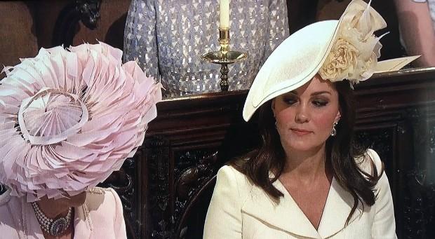 Olhar de Kate Middleton para Camila Parker vira meme (Foto: Reprodução)