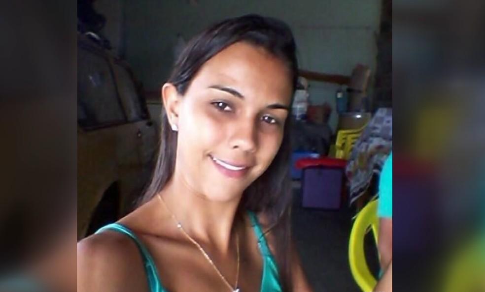 Camila Lourenço foi morta com 10 facadas pelo companheiro em Araraquara — Foto: Reprodução/EPTV