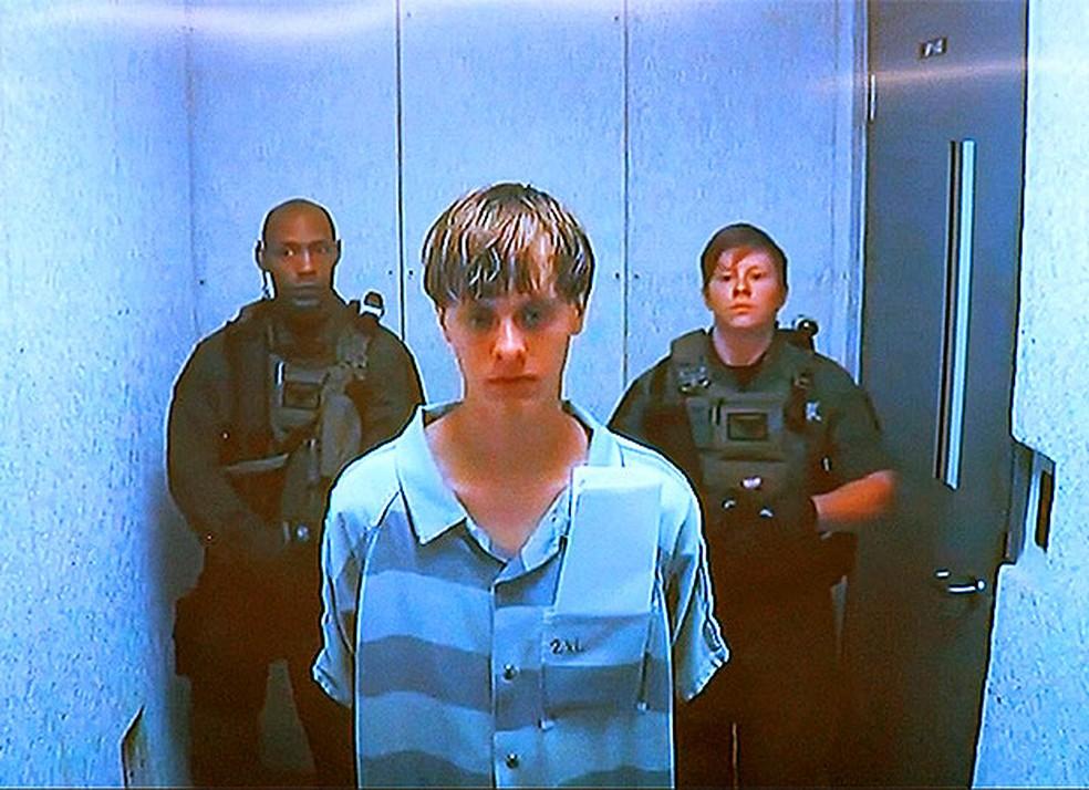 Dylann Roof fala por vídeo conferência após ser preso pelos assassinatos em igreja em  Charleston (Foto: Reuters)