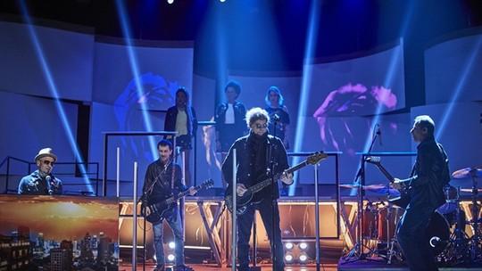 Titãs apresenta música exclusiva da ópera-rock no 'Conversa com Bial'; confira