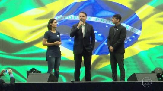 Bolsonaro diz que atos com 'respeito às leis e às instituições' dão recado a quem 'teima com velhas práticas'