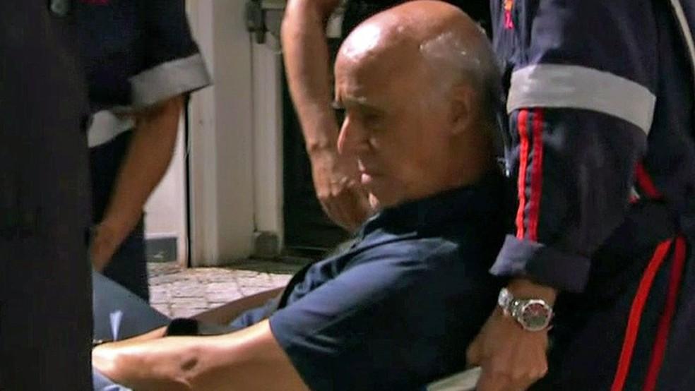 O coronel Lima, amigo de Temer desde os anos 1980 e suspeito de intermediar propina para ele, quando era detido ontem pela PF (29/03) (Foto: Reprodução/TV Globo)