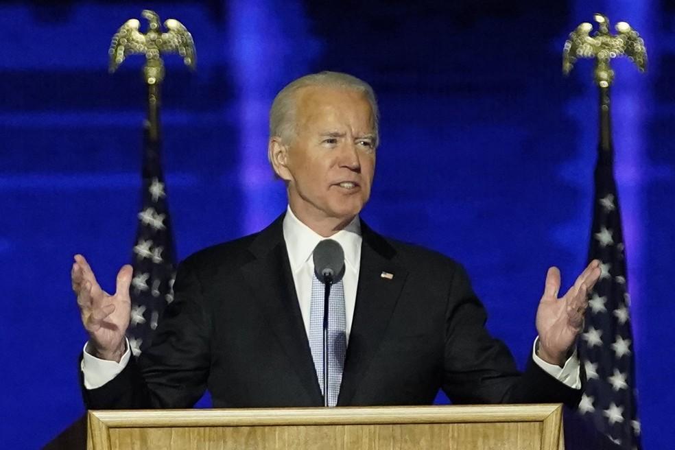 Joe Biden discursa como presidente eleito dos Estados Unidos — Foto: Andrew Harnik / Pool / AP Photo