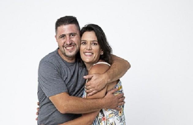 Thaís Annunciato e Ricardo Alcerito moram em São Paulo. Ele recentemente fez um treinamento de sobrevivência na floresta. E ela, profissionalmente, é empresária (Foto: Divulgação)