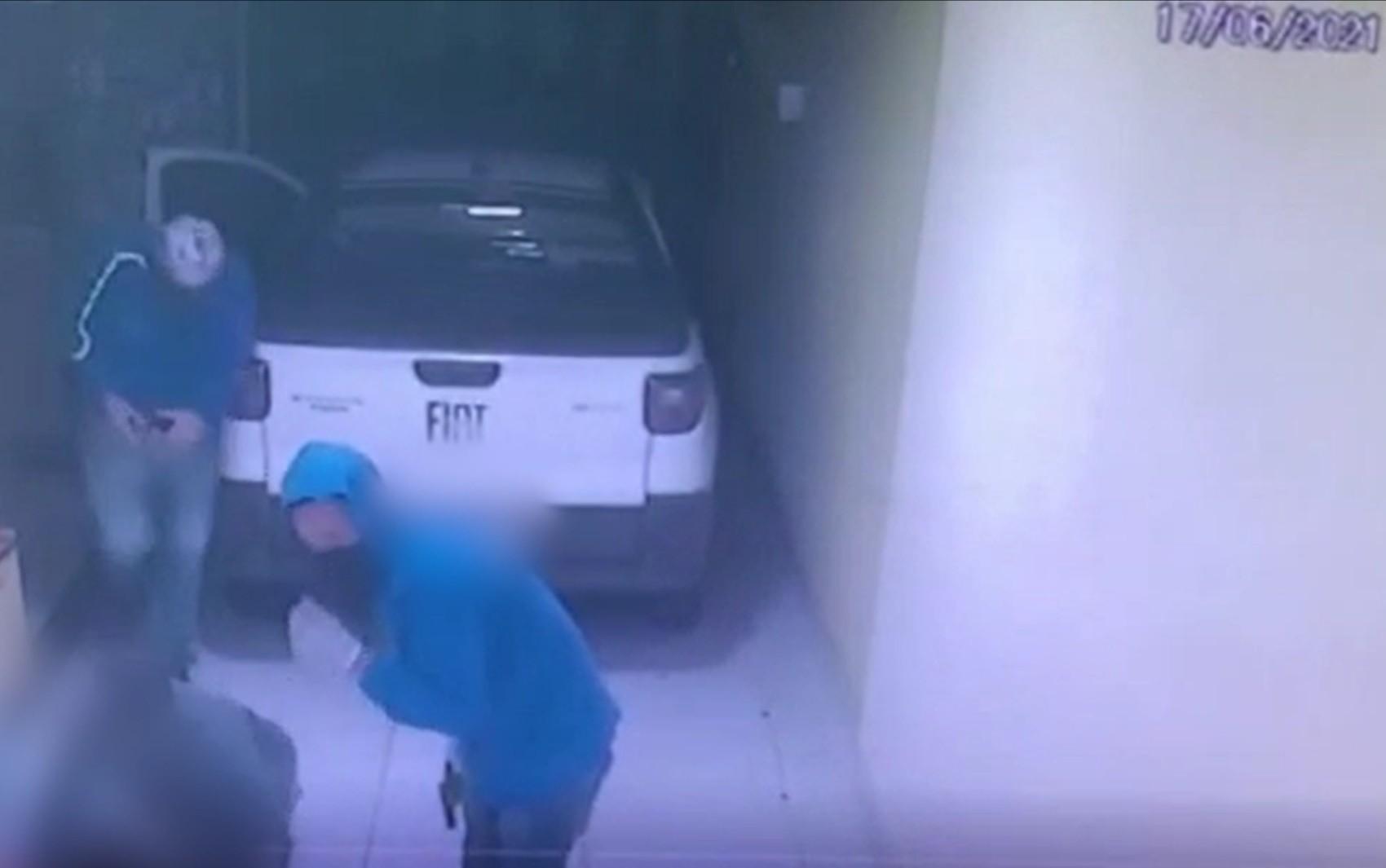 Operação prende suspeito de roubar barra de ouro de 18 quilates de casal em Goiânia; vídeo