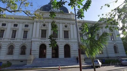 Conheça as histórias do prédio da Faculdade de Direito do Recife