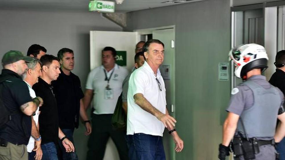 Bolsonaro vai a jogo do Palmeiras em SP — Foto: Marcos Ribolli/Globoesporte.com
