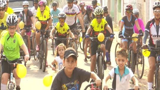 Ciclistas pedalam pela amamentação em Rio Branco