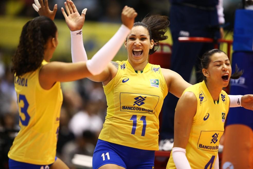 Tandara foi o grande nome do primeiro triunfo do Brasil (Foto: FIVB / Divulgação)