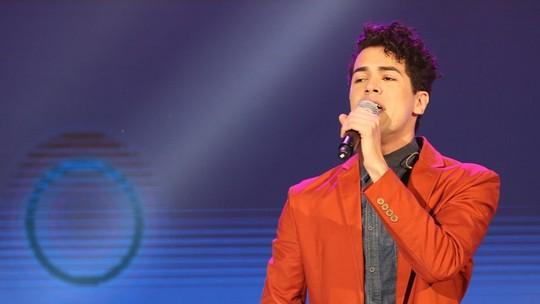 Sam Alves diz que assédio de fãs era assustador após o 'The Voice'
