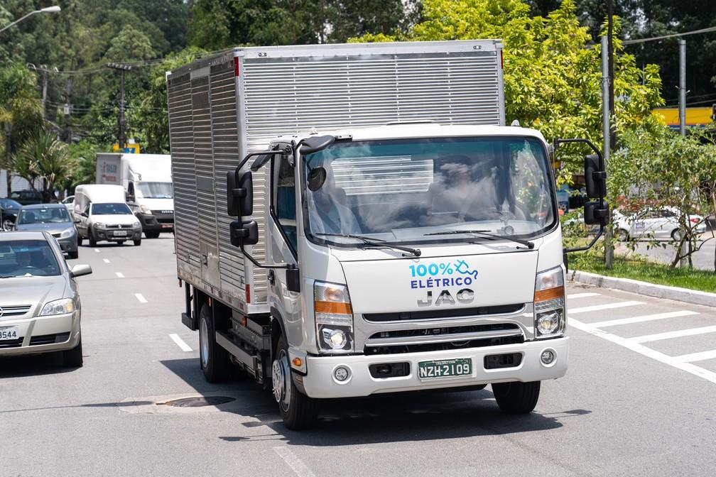 Jac iEV 1200T, o primeiro caminhão elétrico à venda no Brasil — Foto: Fábio Tito/G1