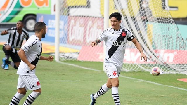 Cano comemora o gol do Vasco no clássico contra o Botafogo
