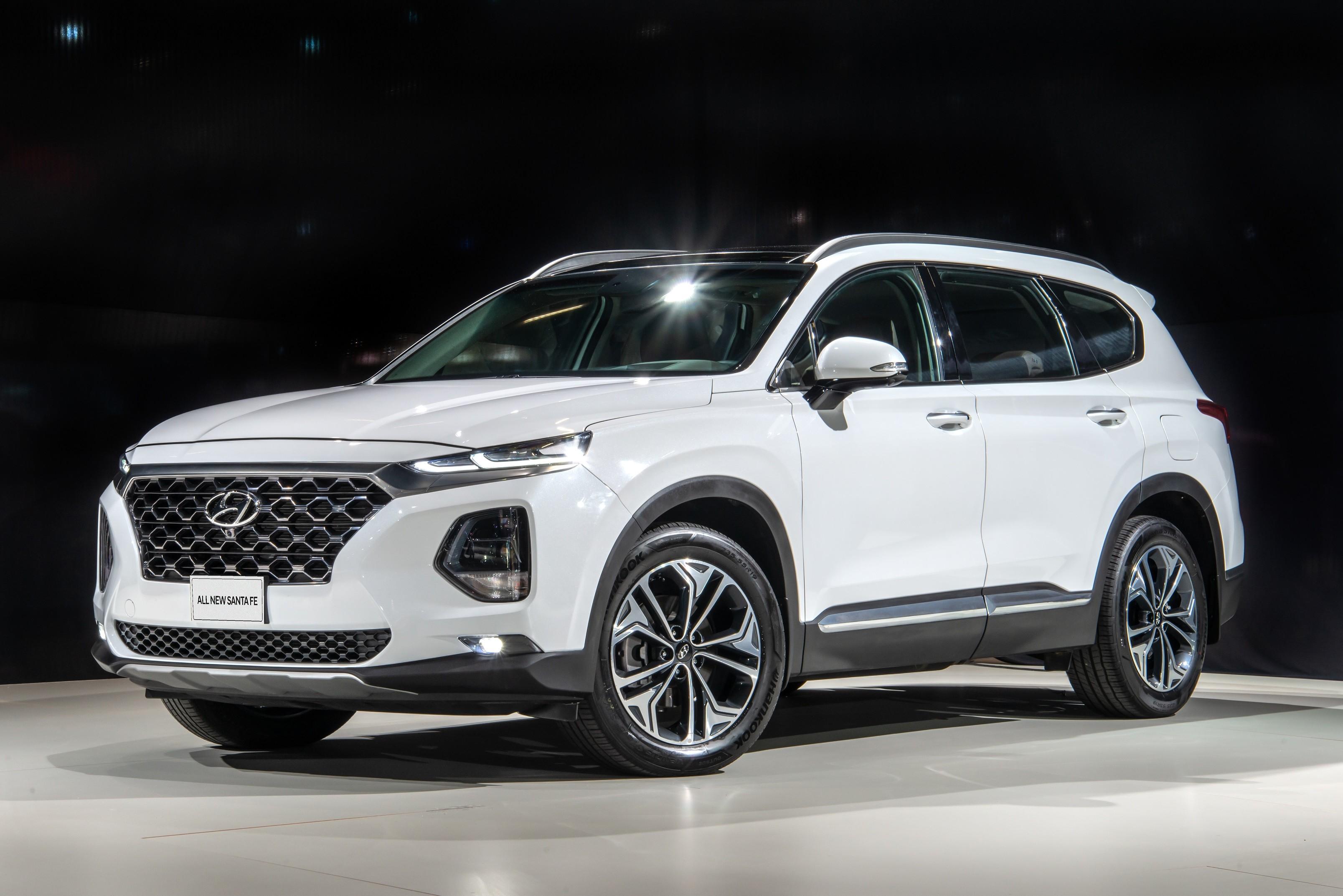 Novo Hyundai Santa Fe chega ao Brasil por R$ 297,3 mil - Notícias - Plantão Diário