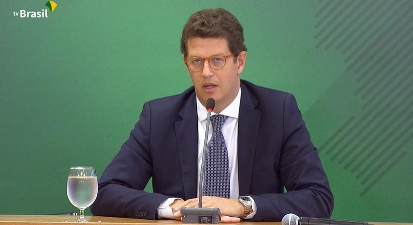 Ministério Público investiga 'reuniões secretas' para fundir órgãos que monitoram desmatamento