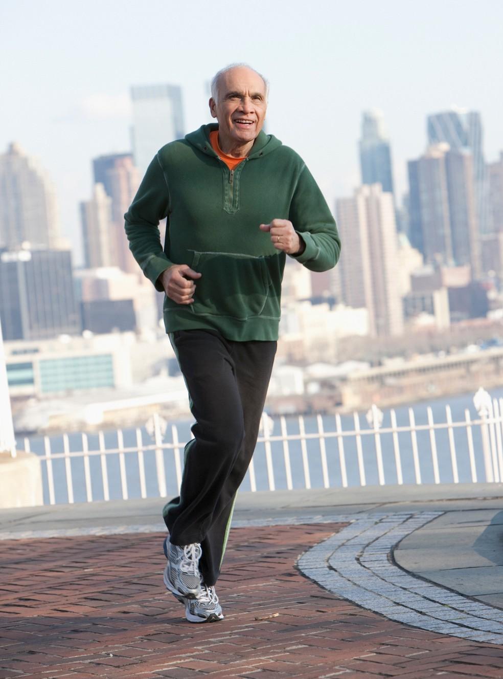 Exercício físico regular é arma poderosa para combater doenças cardiovasculares (Foto: Getty Images)